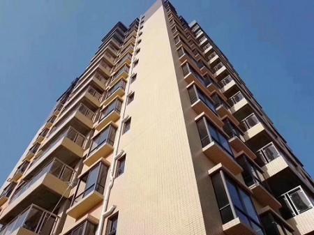 凤岗单价最便宜项目《金凤豪苑》四面通风,房间带飘窗,实用率超高,宅基地。