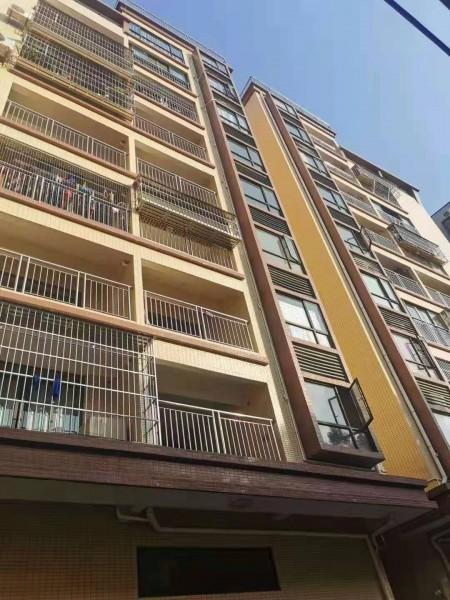 厚街最好位置《长盛花园》3栋200套房源 带1:1车位 万达广场300米 双地铁口
